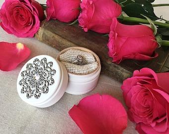 Engagement ring box - ring holder - shabby chic - white ring box