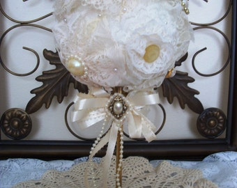 Wedding Centerpiece Kissing Ball