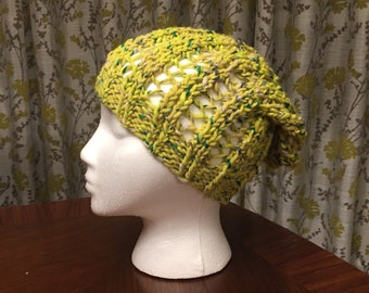 Ribbed Slouchy Beanie in Green