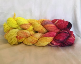 Flames of War - Single Sock - hand dyed yarn