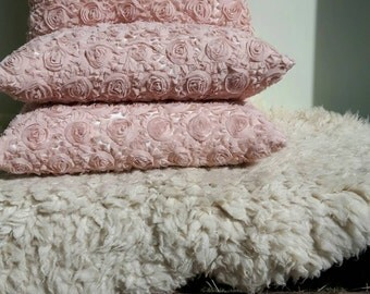 Set of decorative pillows pink organza roses