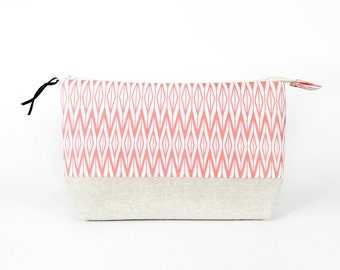 Makeup Bag with Waterproof Lining, Facets