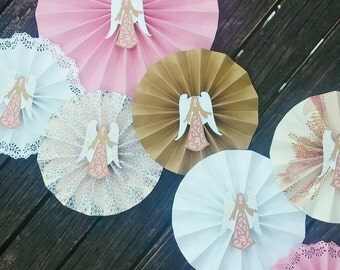 Angel paper fans backdrop for baptism or first communion in pink and gold