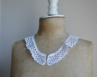 Vintage Crochet Lace Collar 1920s