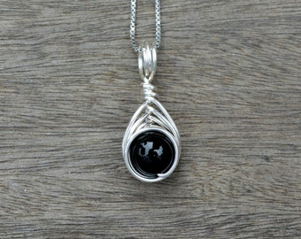 Onyx 8mm Drop Wire Wrapped Pendant (Free shipping in Canada!)