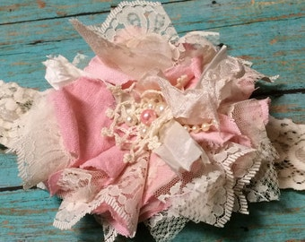 Shabby Vintage Pink Linen & Lace Flower Headband/ Rustic Wedding Hair Flower/ Girls Headband/ Flower Girl Headband/ Baby Girl Hair bow
