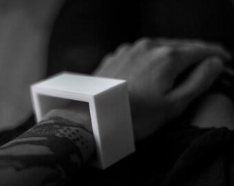 Cube — a simple bracelet