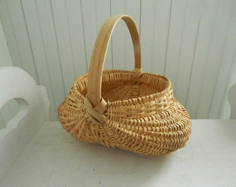 """Buttocks Basket - Hand Crafted Reed with Oak Splint Handle - Handmade Basket Signed """"Grace"""" by the Craftswoman - 1980s Handmade Reed Basket"""