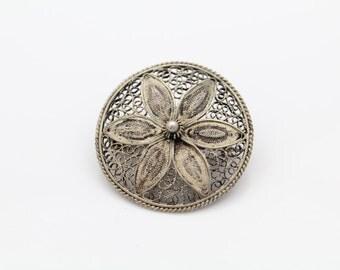 VTG Sterling Silver Flower Daisy Filigree Brooch. [7996]