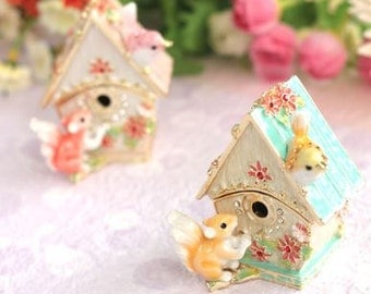 Lovely Jewelry Box,The bird and squirrel which play with a bird box,jewelry case,Gift Box-pink green- present -ring case