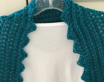 Blue/Green Shrug With Versatile Sleeves