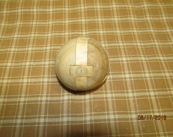 "Vintage Japan Wood Puzzle Ball Round 2 3/4"" Wooden Mind Teaser Game Toy"