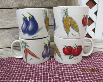 Vintage Tabletops Unlimited Oversized Coffee Cups Mugs Soup Bowls set of 4 Fresh Vegetables