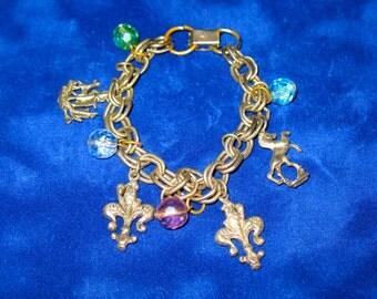 Fleur De Lis Vintage Silver Tone Charm Bracelet 8 inch