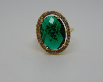 green stone Ring  -Sterling Sivler gold pleted Ring  - Green stone Ring - Gold plated ring , Size 8