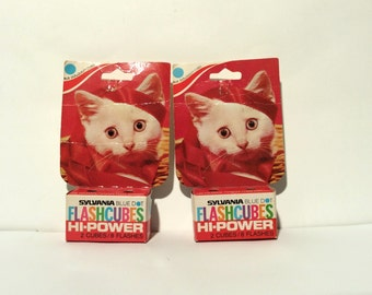 Vintage 1960s NIB 35mm Sylvania Kitten Flashcubes, MCM and Adorable! Minty