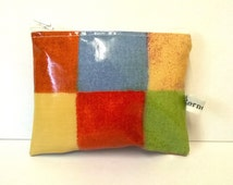Oilcloth coin purse, card wallet, ladies purse, bright checks, handmade in the UK, ladies gift idea, zipped pouch