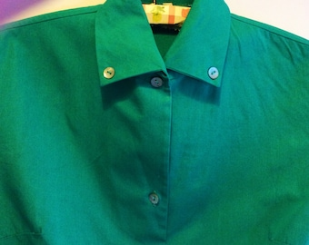 1950s fashion blouse green with mother-of-pearl buttons Swedish made vintage blouse