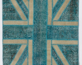 Union Jack British Flag Design Patchwork Rug, Turquoise Blue, 4' x 6' (122 x 183 cm)