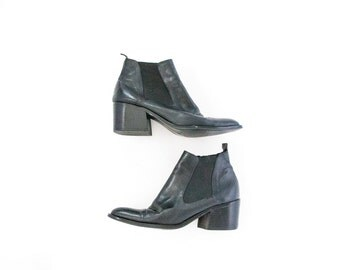 vintage black leather ankle booties chelsea boots size 8