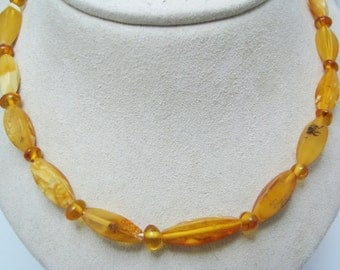 a938 Vintage Amazing Russian Amber Butterscotch Beaded Necklace