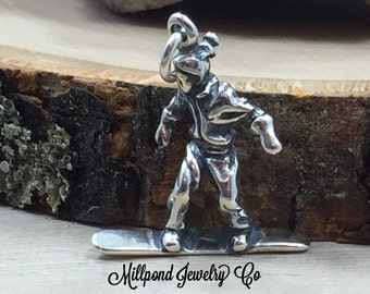 Snowboarder Charm, Sterling Silver Snowboarder Charm, Winter Sports Charm, Sterling Silver, Winter Charm, Snow Charm, PS3178