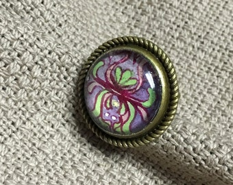 Pink & Green Chrysanthemum | Purple Background | Brass Ring |