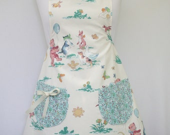 Apron, childcare apron, craft apron, apron with pockets, gardening apron, nursery apron