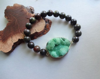 Dragon Blood Stone Jasper green druzy Quartz stretch Bracelet
