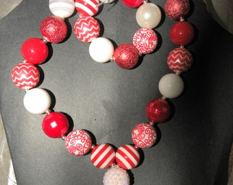 Girls Red and White Bubblegum Necklace-Bracelet Combo
