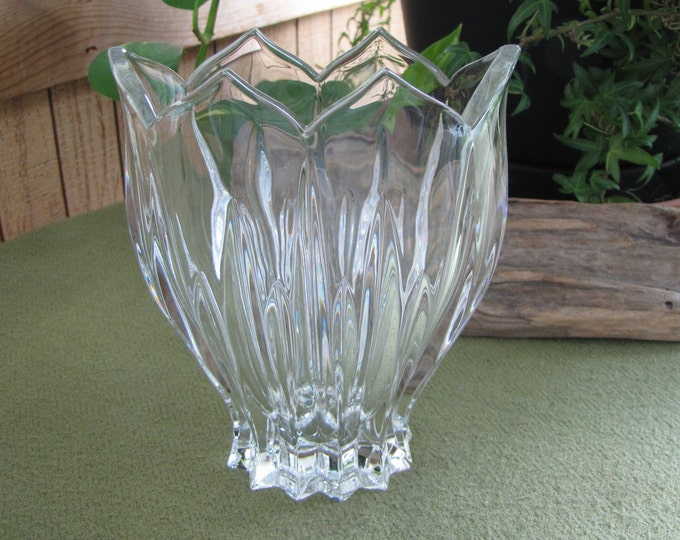 Vintage Gorham Crystal Lotus Vase Oval Crystal Centerpiece Florist Ware 1990