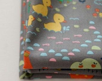 Cute Duck Pattern Cotton Fabric by Yard (Gray)