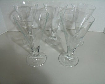 Set of 5 Federal Style Footed Glasses Faceted