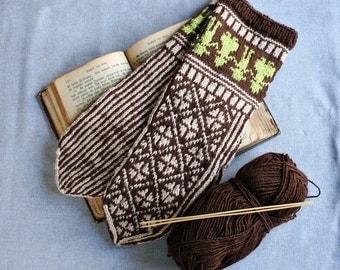 Norwegian gloves, fair isle gloves, knit wool gloves, brown mittens, winter mittens, Scandinavian mittens, Estonian mittens, winter gloves