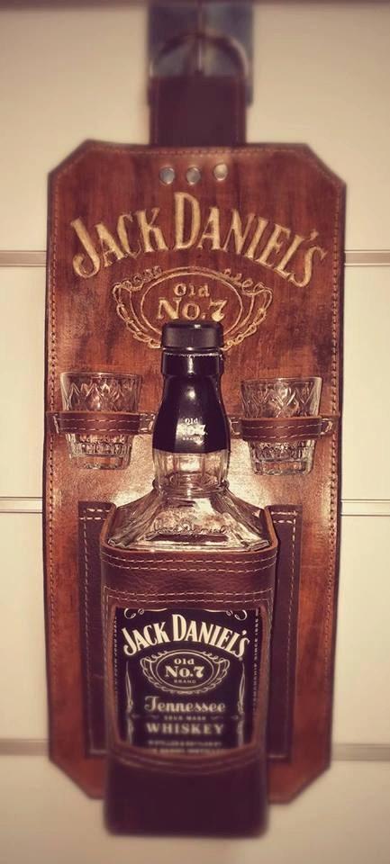 jack daniels whiskey holder jack daniels holder jack daniels. Black Bedroom Furniture Sets. Home Design Ideas