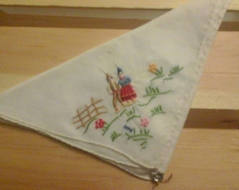 Vintage Hankie w/folk art Design