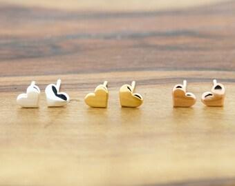925 Sterling Silver Tiny Heart Stud Earrings