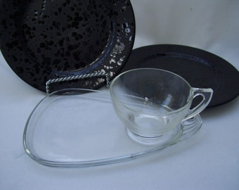 Set of 4 Clear Glass Teacup and Luncheon Plates Art Deco,Hazel Atlas,Glass Teacups
