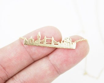 Gold and Silver London Skyline Pendant Necklace. London Necklace London Cityscape Necklace . Dainty Necklace . Simple and Modern Necklace.