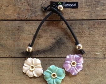 Pastel flowers necklace