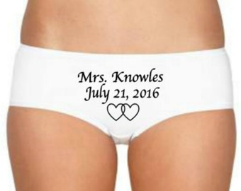 Custom Bridal Lingerie, Bridal Panties, Name & Date, Bridal Lingerie, Personalized Wedding Panties, Mrs Wedding Underwear, Wedding Knickers