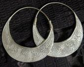 Handmade Hmong Earrings Hoop Loop Silver Plate