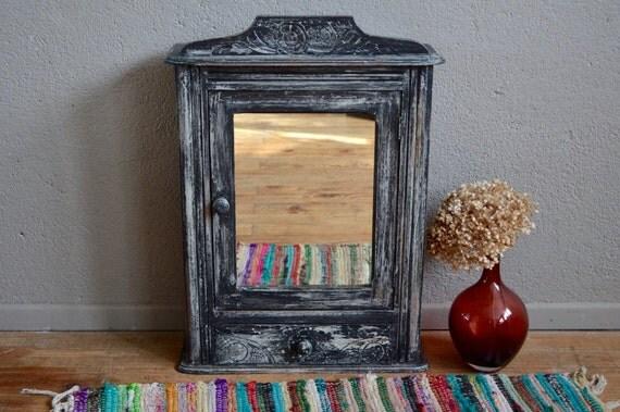 meuble de pharmacie art d co ann es 40 miroir vintage r tro. Black Bedroom Furniture Sets. Home Design Ideas