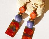 Boucles d'oreilles bohèmes rustiques métal peint à la main multicolore fleur en verre tchèque, hippie boho chic création unique fait main
