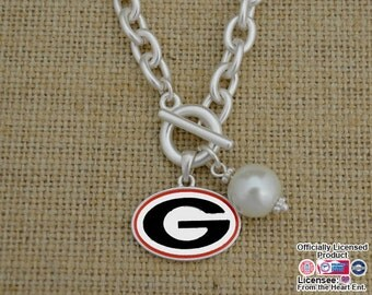 Georgia Bulldogs Logo and Pearl Toggle Necklace