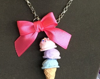Ice cream with bow necklace