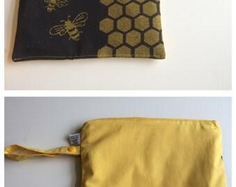 Natibaby bees wrap scrap medium single wet bag, waterproof bag, 20 x 24 cm - for washable wipes, cloth nappy, CSP storage