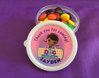 12 Personalized Doc McStuffins Candy containers / candy cups with lids / party favors