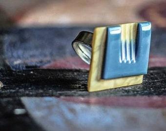 QUADRICOLOR / Vintage button ring