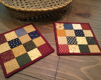 Quilted Pot Holders / Pot Holders / Hot Pads  / Scrappy Quilts / Item #1394